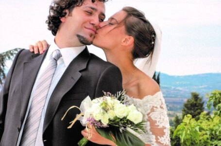 Enrico and Chiara Corbella. Chiara is on the way to sainthood.