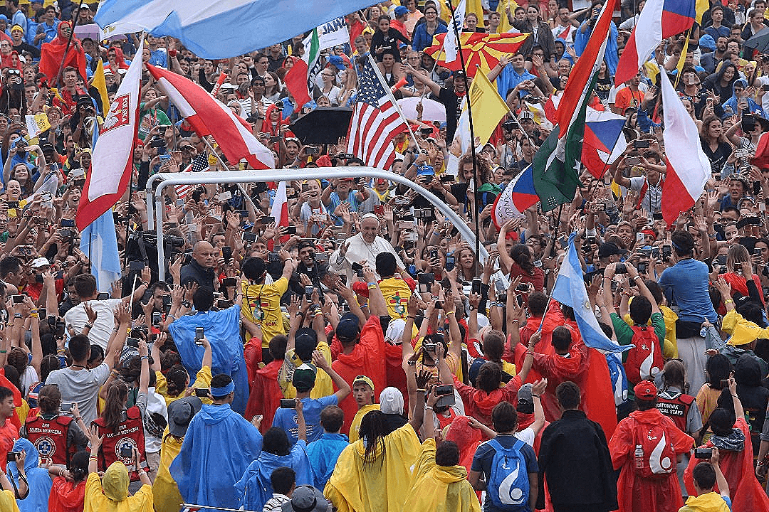 Crowds welcoming Pope Francis in Krakow. Photo: CNS