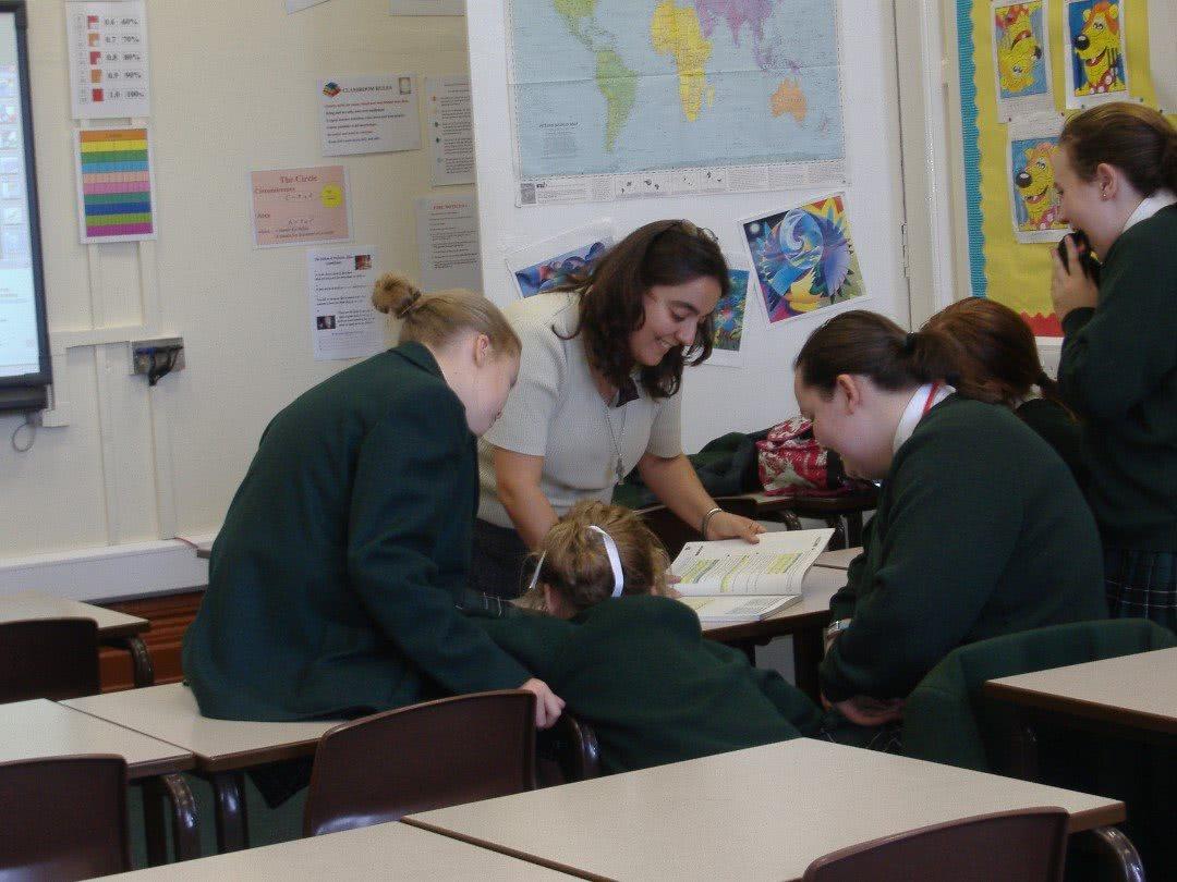 FCJ nun Sr Maryanne facilitating learning