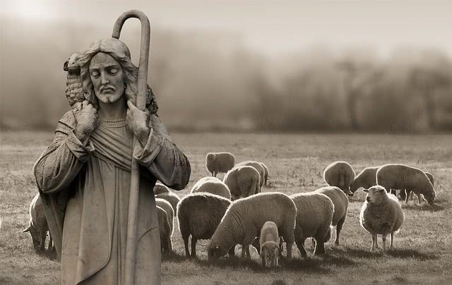 A prayer to thank God for his goodness. Photo: Gert Altmann