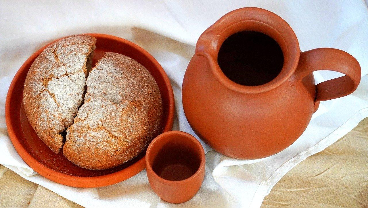 bread and wine-the Catholic Faith